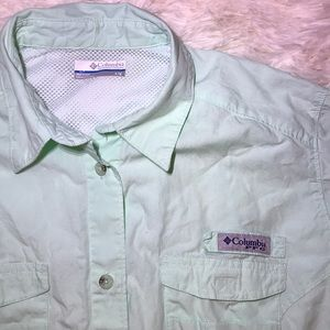 Columbia PFG Button up